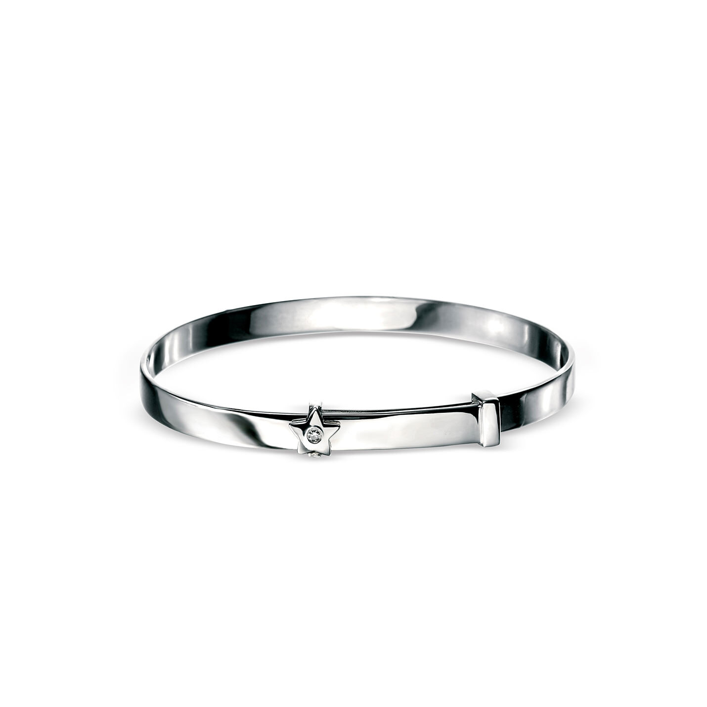 This D for Diamond sterling silver baby bangle is the perfect christening gift.  The full silver bracelet has a star & diamond detail and can be engraved to suit.