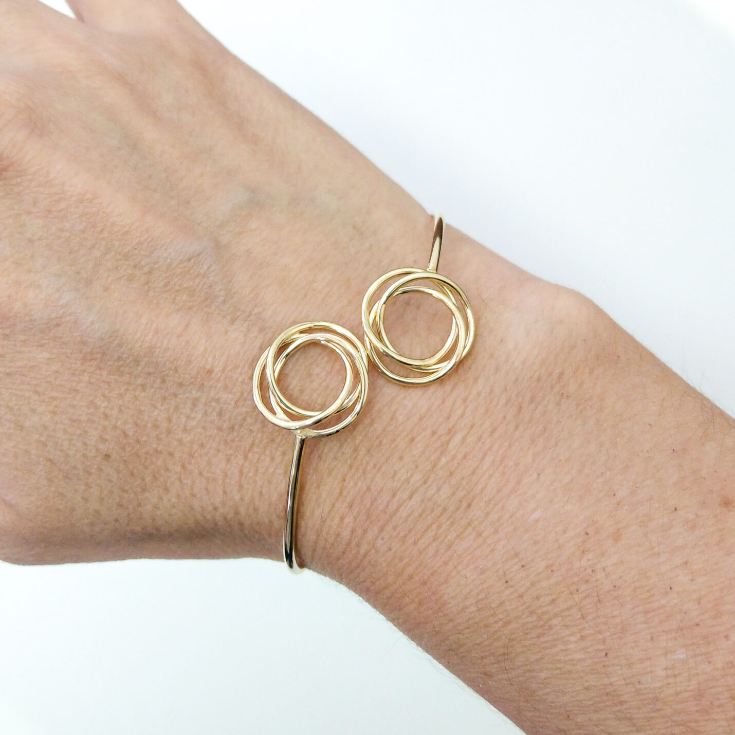 9ct. Yellow Gold Knot Bangle