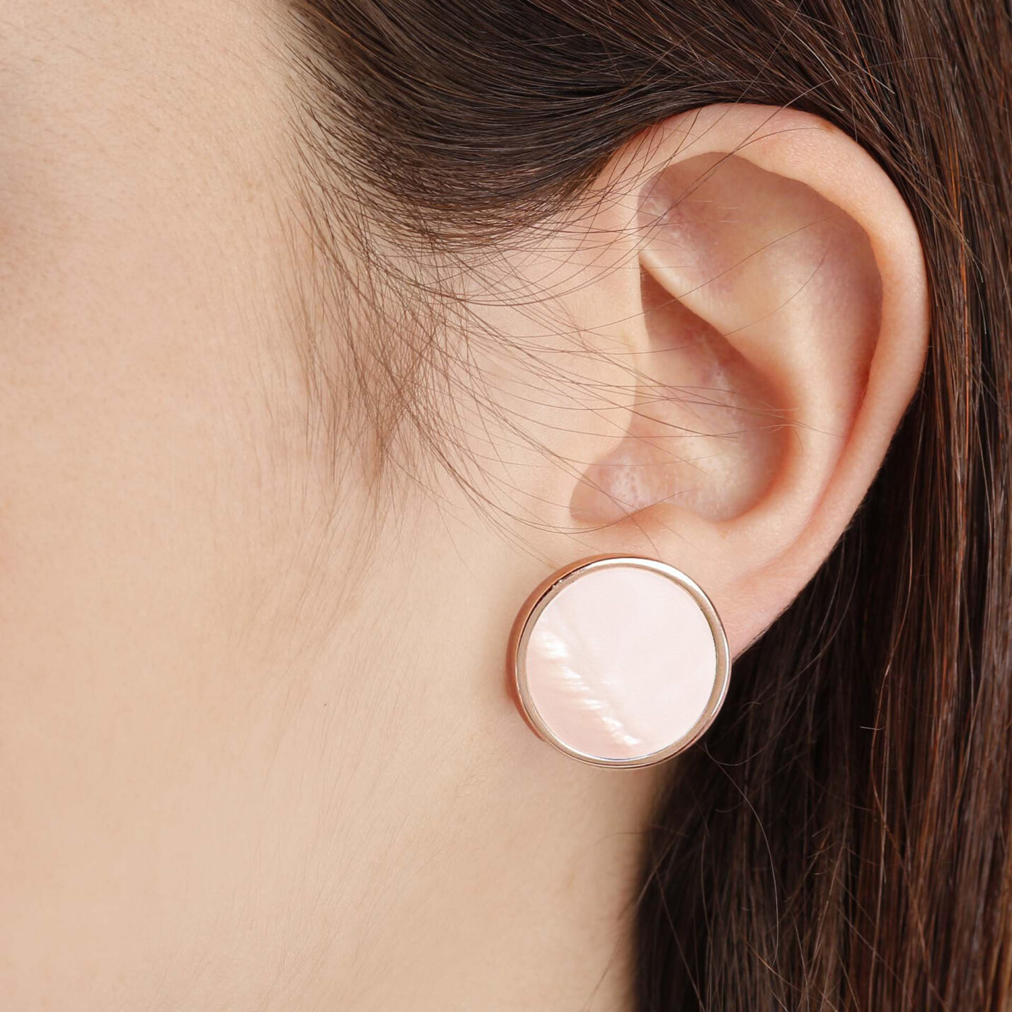 Bronzallure Mother-of-Pearl Button Earrings